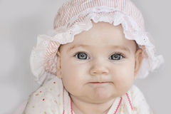 Mentiras felizes bonitos do bebê Fotos de Stock