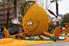 MENTON, FRANKRIJK - FEBRUARI 27: Citroenfestival (Fete du Citron) over Franse Riviera. Stock Foto's