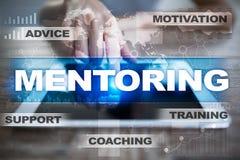 mentoring Concepto de la educación Aprendizaje electrónico éxito Imagenes de archivo