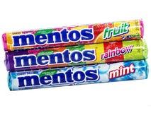 Mentos耐嚼的糖衣杏仁 库存图片