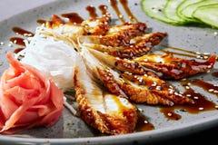 Menu asiatico Sashimi con l'anguilla fotografie stock
