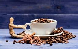 Menu de boissons de caf? Pause-caf? et d?tendre Charge d'inspiration et d'?nergie Bleu r?ti brun de haricot de plein caf? de tass photo stock