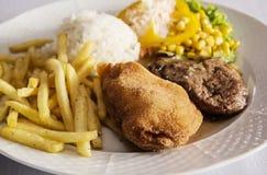Menu de fête de blanc de poulet savoureux, cuisine internationale Image libre de droits