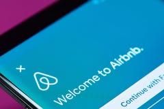 Menu do app do livro do curso de Airbnb Fotografia de Stock Royalty Free