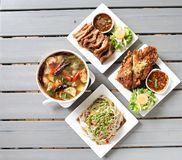 Menu e spazio tailandesi dell'alimento quattro per la parola Fotografia Stock