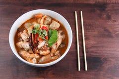 Menu popular de Tom Yum Kung Thai imagem de stock