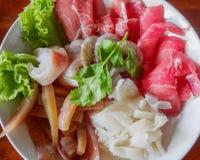 Meny för Sukiyaki nötköttuppsättning, varm kruka, Shabu Royaltyfria Foton
