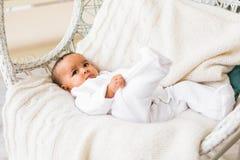 Menzogne afroamericana del neonato Fotografie Stock Libere da Diritti