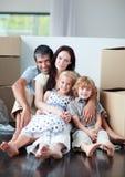 menzogne d'acquisto della casa del pavimento della famiglia Fotografia Stock