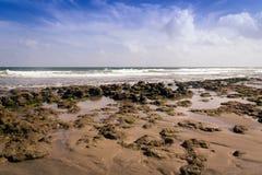 Mer atlantique la Floride de plage et de pierre image stock