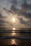 Mer au lever de soleil Photos stock