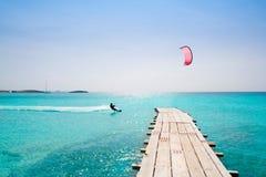 Mer baléare de turquoise en bois de jetée de plage de Formentera Images stock