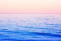Mer bleue profonde Photos libres de droits