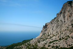 Mer, ciel et montagnes Photos libres de droits
