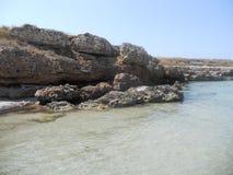 Mer cristalline en Puglia à l'ostuni Photos libres de droits