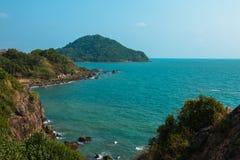 Mer de bleu de baie Photographie stock libre de droits