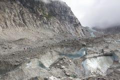 Mer de Glace Mont Blanc Glacier som krymper royaltyfria bilder