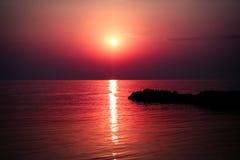 Mer de lever de soleil photographie stock libre de droits