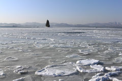 Mer du Japon couverte de la glace Photographie stock