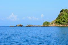 Mer et île Images stock