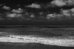 Mer et ciel orageux Images libres de droits
