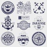 Mer et logos nautiques d'isolement sur le fond blanc illustration libre de droits