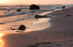 Mer et pierres Photos libres de droits