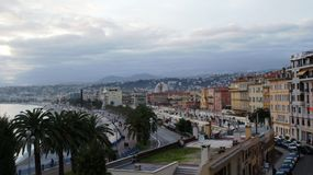 Mer et plage à Nice Photo stock
