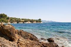 Mer et rivage rocheux volcanique Photo libre de droits