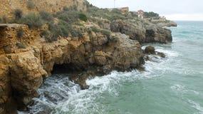 Mer et roches images libres de droits