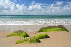 Mer et sable de ciel image stock