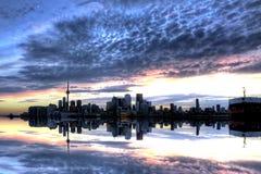 Mer fromPier Toronto horisont Arkivfoto
