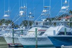 mer profonde de pêche de bateaux Photographie stock