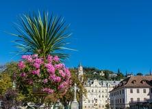 Merano στο νότιο Τύρολο, μια όμορφη πόλη Trentino Alto Adige, άποψη φθινοπώρου του καθεδρικού ναού του Meran Ιταλία Στοκ Φωτογραφίες