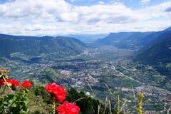 Merano in de Vallei Adige in Zuid-Tirol Stock Afbeeldingen
