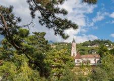 Merano in Süd-Tirol, eine schöne Stadt von Trentino Alto Adige, Herbstansicht der Kathedrale von Meran Italien Lizenzfreies Stockbild