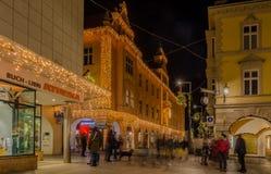 MERANO, Zuid-Tirol, Italië - December 16, 2016: Meran Merano in Zuid-Tirol, Italië, tijdens Kerstmis met christmansmarkt B Royalty-vrije Stock Fotografie