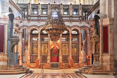 Meravigliosamente corridoio enorme nella chiesa Fotografia Stock Libera da Diritti