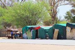 Mercado africano dos woodcarvings dos povos, Okahandja, Namíbia Fotografia de Stock