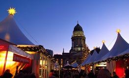 Mercado alemán Berlin Germany de la Navidad Imagenes de archivo
