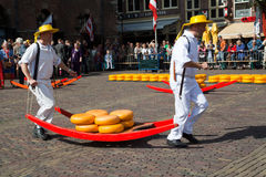Mercado Alkmaar do queijo Imagens de Stock