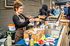 Mercado callejero de Maltby en Bermondsey Foto de archivo libre de regalías
