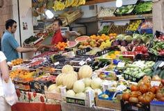 Mercado callejero en Bolonia Foto de archivo libre de regalías
