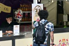 Mercado callejero internacional 2014 Imagenes de archivo