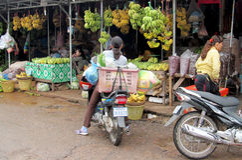 Mercado cambojano da banana Imagens de Stock