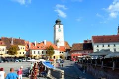 Mercado cuadrado en Sibiu, capital europea de la cultura por el año 2007 Imagen de archivo libre de regalías