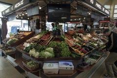 Mercado cubierto Passy París fotografía de archivo