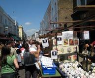 Mercado da antiguidade da estrada de Portobello Fotografia de Stock Royalty Free