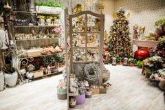 Mercado da decoração dos feriados do Natal e do ano novo Foto de Stock Royalty Free