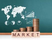 Mercado de acción del gráfico de las monedas Foto de archivo libre de regalías
